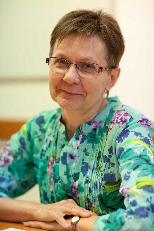 dr. Bálint Márta