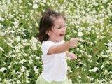 Hogyan segíthetünk a gyermekkori félelmeken, szorongáson, viselkedési problémákon?