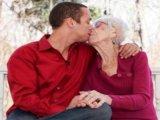 Tabutéma - Érettebb nő, fiatalabb férfi - Működhet-e a kapcsolatuk?