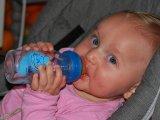 Mennyi folyadékot és mit kell inni? Elárulja a dietetikus