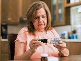 Nem tudod egyben lenyelni a gyógyszert? Melyik tablettát tilos összetörni? A gyógyszerész válaszol