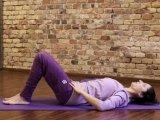 Hátfájás, derékfájás ellen: 8 perces reggeli gerincátmozgató torna, hogy jól induljon a nap