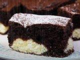 Így készül a boci szelet - tarkabarka túrós sütemény piskótatésztából