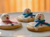 Hóember süti: látványos és vidám téli sütemény, akkor is, ha nincs hó - Így készítsd el!