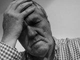 A vizelettartási zavar súlyos betegség tünete is lehet! Ezért küldd el orvoshoz a párod