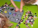 10 szuper benti játék gyerekeknek, amihez csak hétköznapi tárgyakra lesz szükség - Melyik játék mit fejleszt? Gyógypedagógus tippjei