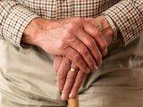 Gyakran fáj a csuklód és zsibbadnak az ujjaid? Komoly problémát jelezhetnek előre ezek a tünetek - Hogyan előzd meg az ínhüvelygyulladást?