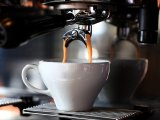 Kávé hatása az egészségre: Így befolyásolja a kávézás a krónikus májbetegségek kialakulásának kockázatát