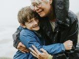 Aggódós nagymama vagy? Ezért fontos, hogy önállóságra neveld az unokád