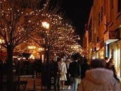 Zsebtolvajok a karácsonyi vásárlás alatt – így védd meg magad tőlük!