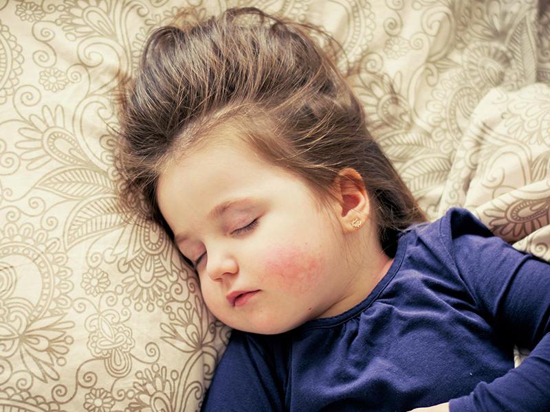 4 szuper módszer a kisunoka elaltatásához