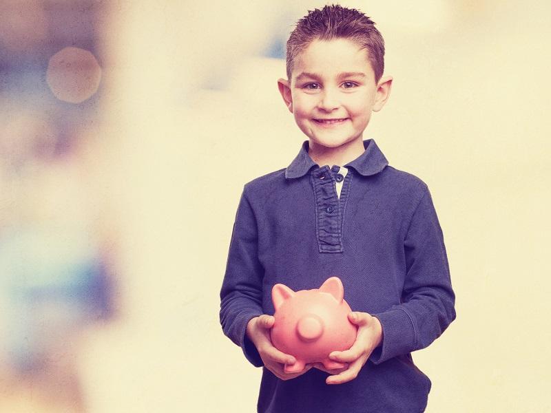 Zsebpénz: adjunk vagy ne adjunk az unokának?