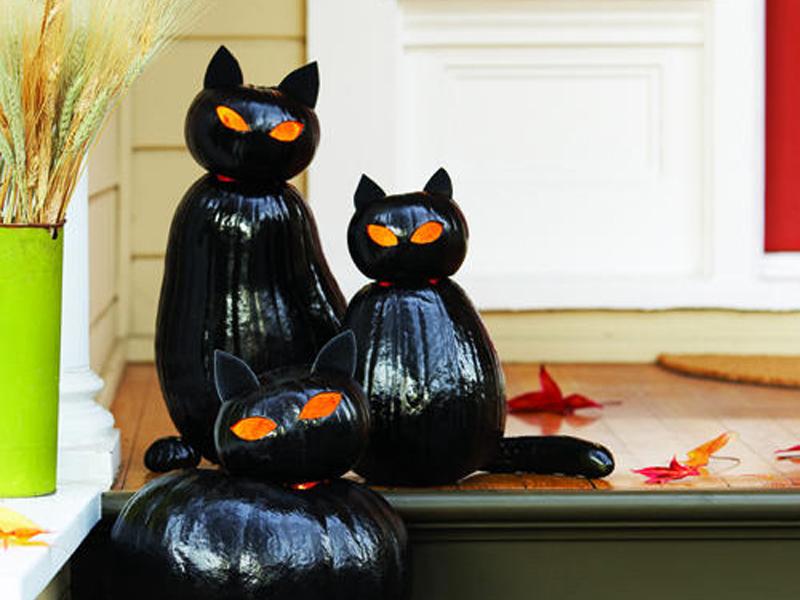 Tökfaragás Halloweenra gyerekekkel: így készül a cica formájú töklámpás lépésről lépésre