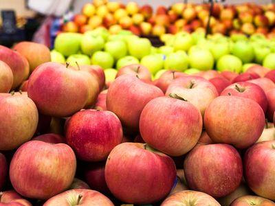 Zöldségek, gyümölcsök fogyasztása: mennyi az ideális napi mennyiség? Mire utal a színük? A dietetikus válaszol