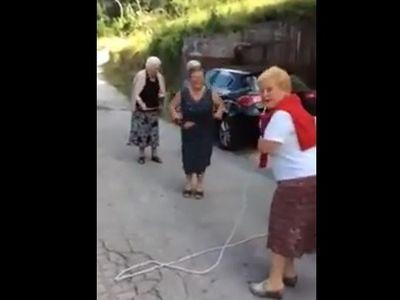Ugrókötelező nagymamák videón - egyből jókedved lesz, ha megnézed