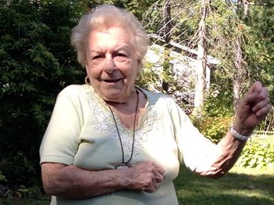 Videó: tündéri táncoló nagyi - 89 évesen lett az internet sztárja
