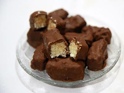 A Bounty csoki receptje - Így készül házilag a kókuszos édesség