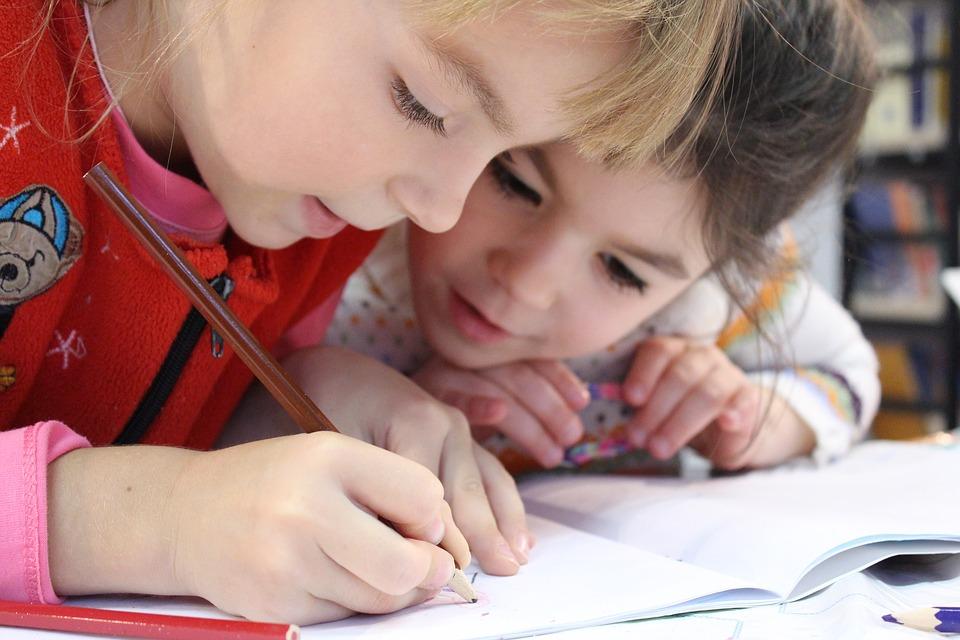 Idegen nyelv tanítása babának, kisgyermeknek: 6 szuper ötlet otthonra, a nyelvtanártól