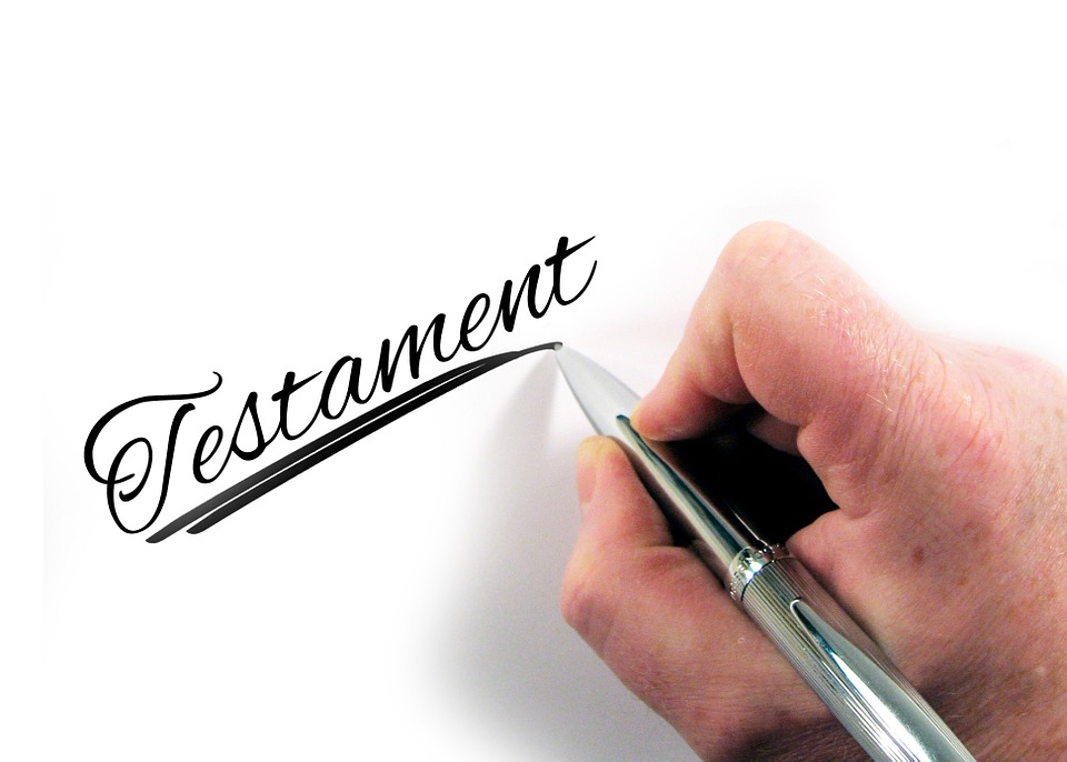 Lemondás az örökségről - Mi a hivatalos módja? Más személy javára le lehet-e mondani az örökségről? Jogász válaszol