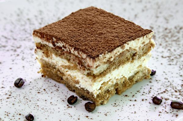 Tiramisu recept 5 lépésben - Így készül a sütés nélküli krémes desszert
