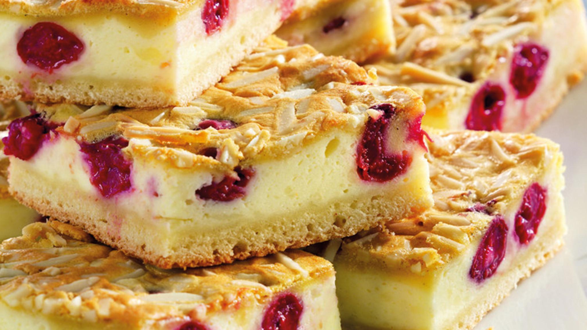 Vaníliakrémes cseresznyés pite receptje - Illatos sütemény omlós tésztával