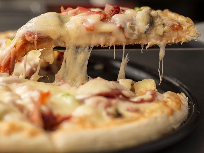 Pizza recept - Így készítsd el házilag a tökéletes pizzatésztát!