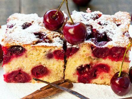 Meggyes pite recept kevert tésztából: omlós gyümölcsös süti minden alkalomra