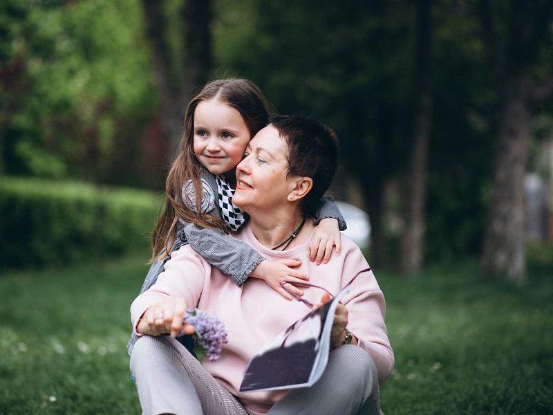 13 dolog, amihez a nagyszülők értenek a világon a legjobban! Tanítsd meg ezeket az unokádnak is