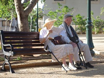 Nyugdíjas vagy? Most pályázz az Erzsébet-programba, hogy kedvezményesen nyaralhass jövőre! - Pályázati feltételek, határidő