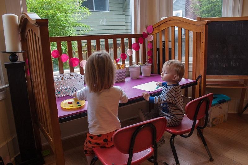 A régi babaágy csak foglalja a helyet? 10 kreatív ötlet, hogy mire tudod még használni a lakásban és a kertben!