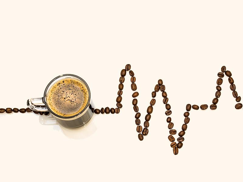 Kávé hatása az egészségre:  így befolyásolja a kávézás a szív- és érrendszeri betegségek miatti halálozás kockázatát!