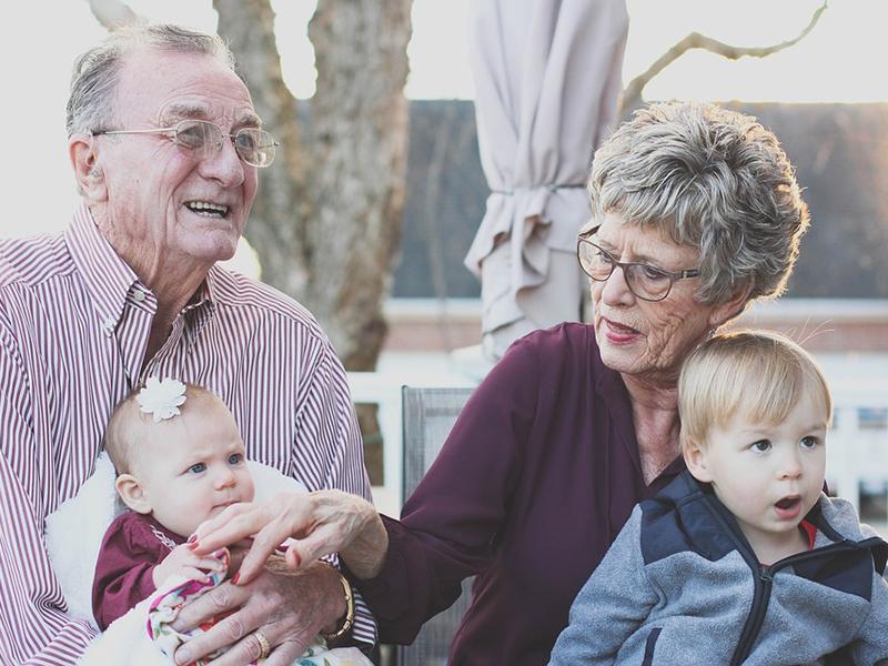 Nagyszülők világnapja: minden évben ezen a napon ünnepeljük a nagyikat és a nagypapákat!