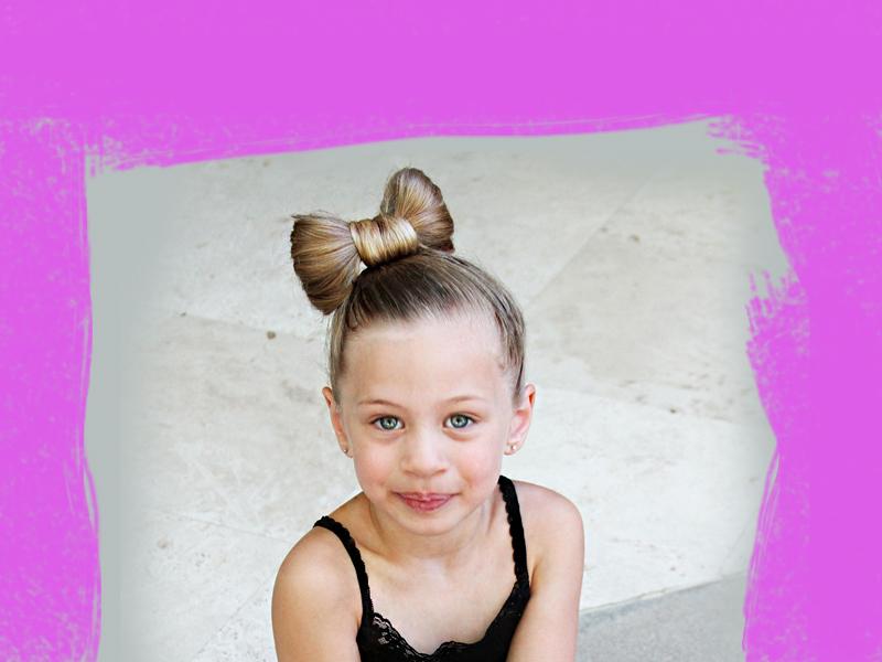 Így készül masni a hajból, lépésről lépésre - Bűbájos frizura kislányoknak, ami pár perc alatt kész!