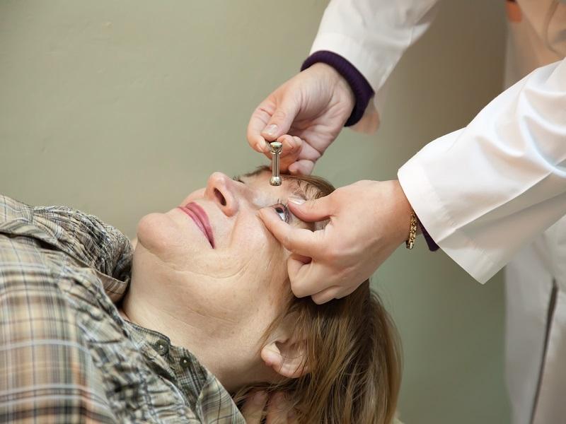 Vakság 50 év felett: az esetek közel felénél megelőzhető lett volna a látás elvesztése! - Mire figyelmeztet a szakorvos?