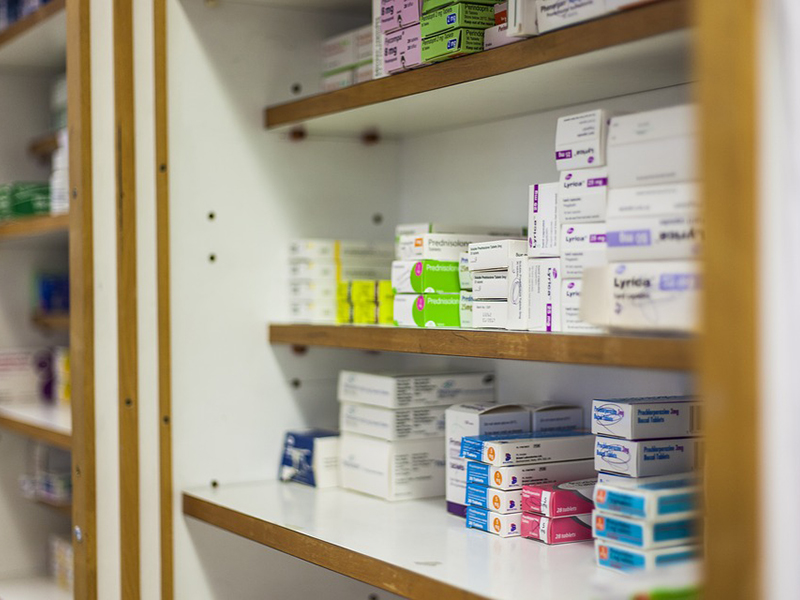 Gyógyszertárak nyitvatartása karácsonykor, szilveszterkor: melyik patikába tudsz menni, ha gyógyszerre van szükséged?