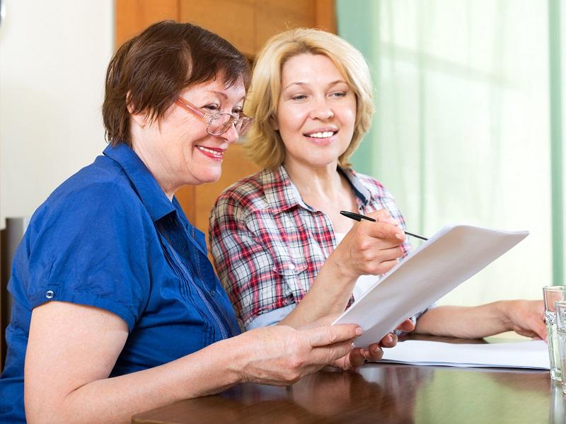 Nők korkedvezményes nyugdíja 2018: feltételei, igénylése, korkedvezményes nyugdíj melletti munkavégzés