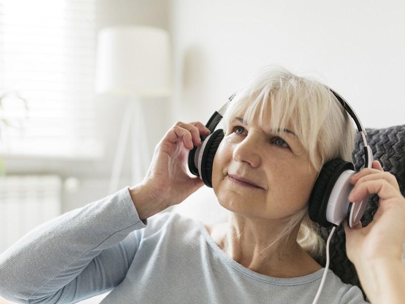 Magas vérnyomás ellen - Így csökkentheted zenével a vérzsír-koncentrációt és a vérnyomást, állítják a kutatók