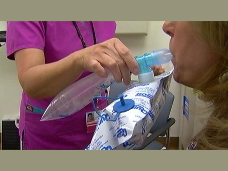 Csak fújj bele ebbe a készülékbe, és megmondják, rákos vagy-e! - Új kilégzési teszt a nyelőcsőrák és gyomorrák kimutatására