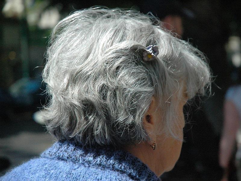 Korral járó halláscsökkenés - Mi az oka, hogy idősebb korban romlik a hallás? Mit lehet tenni ellene?