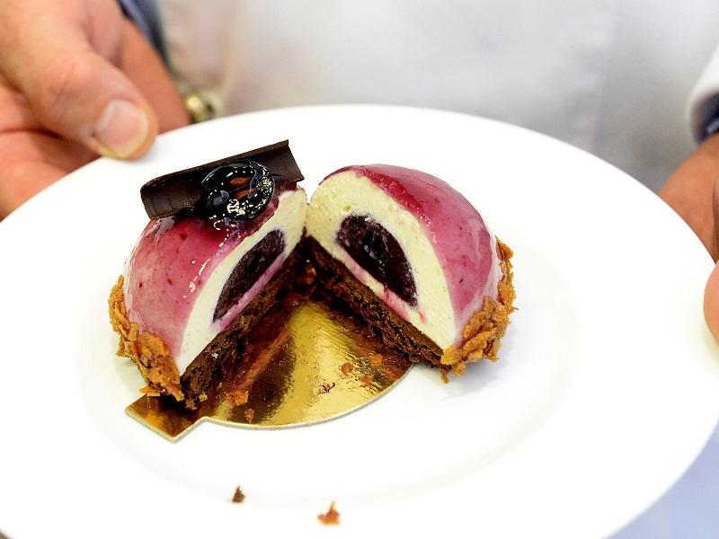 Budapest Desszertje 2018: Ez a szőlős-fehércsokoládés édesség nyerte el a címet - Mutatjuk, hol kóstolhatod meg