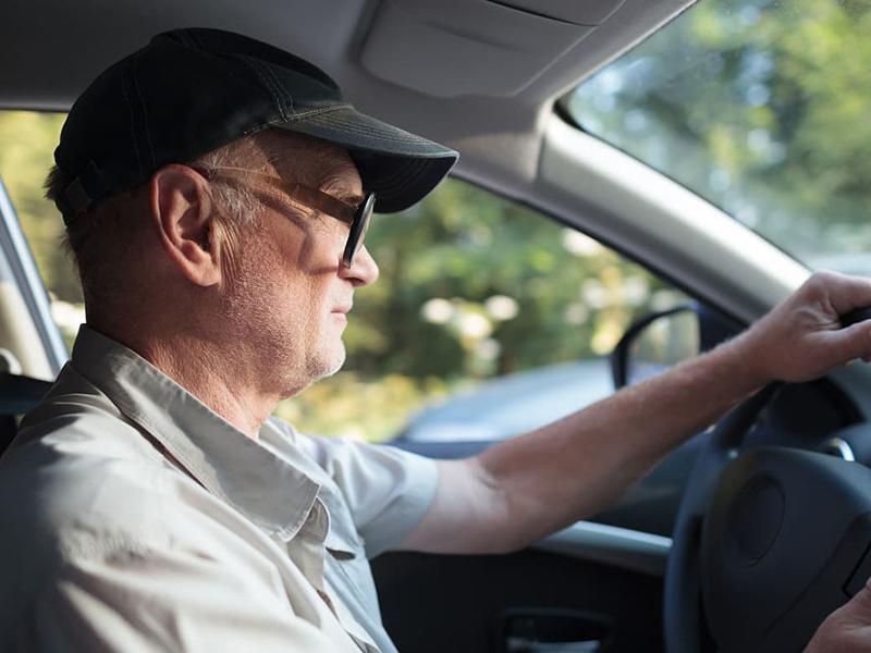 Idős korban a volán mögött: Szükséges-e felső korhatárt szabni az autóvezetéshez? - Ezt mondja a szakértő