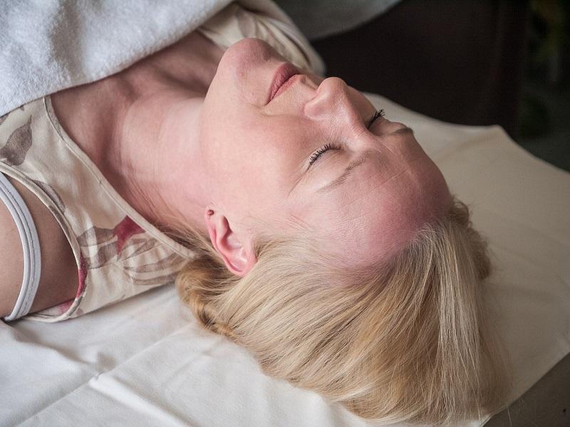 Ezért fontos, hogy jól aludj éjszaka: Még a szívbetegségek ellen is véd egy kiadós alvás! - Alvásszükséglet táblázattal