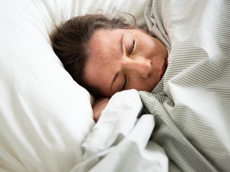 Délutáni alvás: Ezért ajánlja a kardiológus szakorvos a rendszeres délutáni sziesztát