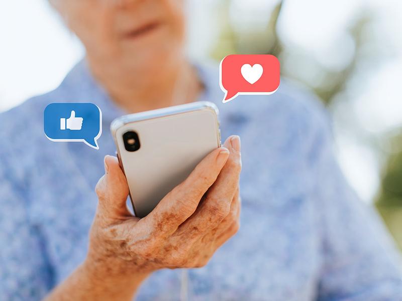 Internetezési szokások 2018 felmérés: Erre használják az internetet leggyakrabban az ötven év felettiek