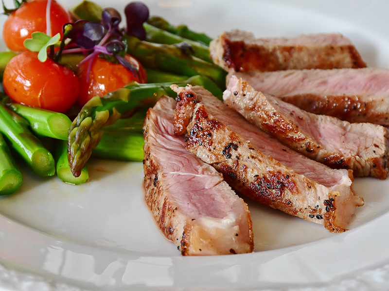 Paleo étrend: Nem olyan egészséges, mint azt hangoztatják! - Miért árt a szervezetnek a sok hús, kevés szénhidrát?