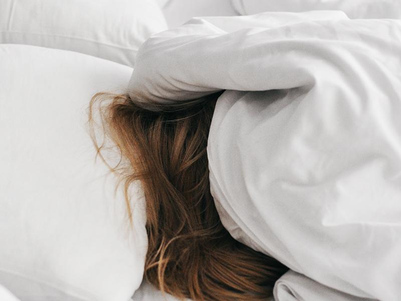 Elalvás könnyen, gyorsan: 9 szuper tipp a nyugodt alváshoz - Akkor is beválnak, ha fülcsengéstől szenvedsz