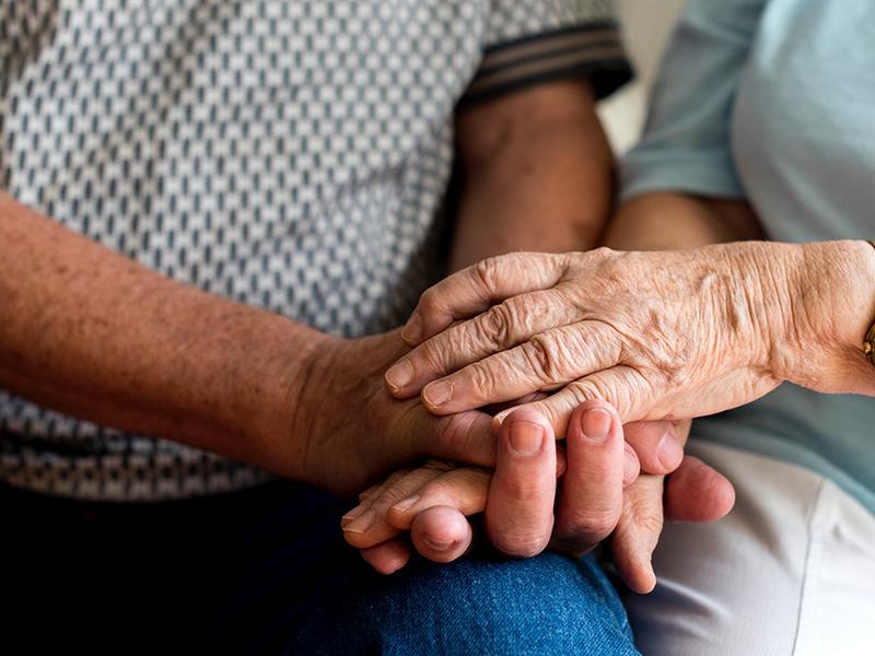 Koronavírus-járvány: Az idősebbekre jelenti a legnagyobb veszélyt! - Mit tehetsz, hogy elkerüld a fertőzést?