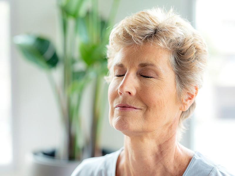Immunerősítő, stresszoldó gyakorlatok, átmozgató tornák 50 év felett - Ezeket próbáld ki otthon, hogy javuljon a közérzeted