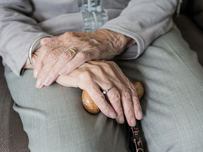 Igazi szuper-dédnagyi! 113 évesen túlélte a koronavírus-fertőzést ez az idős asszony - Mi lehet a titka?