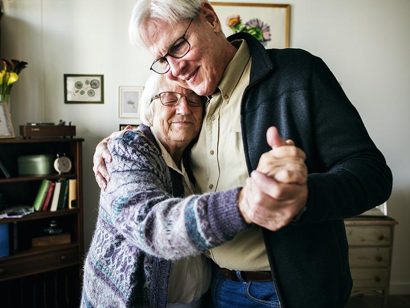 Demencia: Varázslatosan hat a zene és a tánc a demenciával élő idősekre! - Erről számoltak be egy új kutatásban